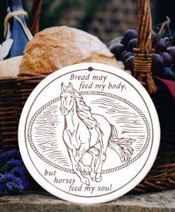 Horse bread warmer